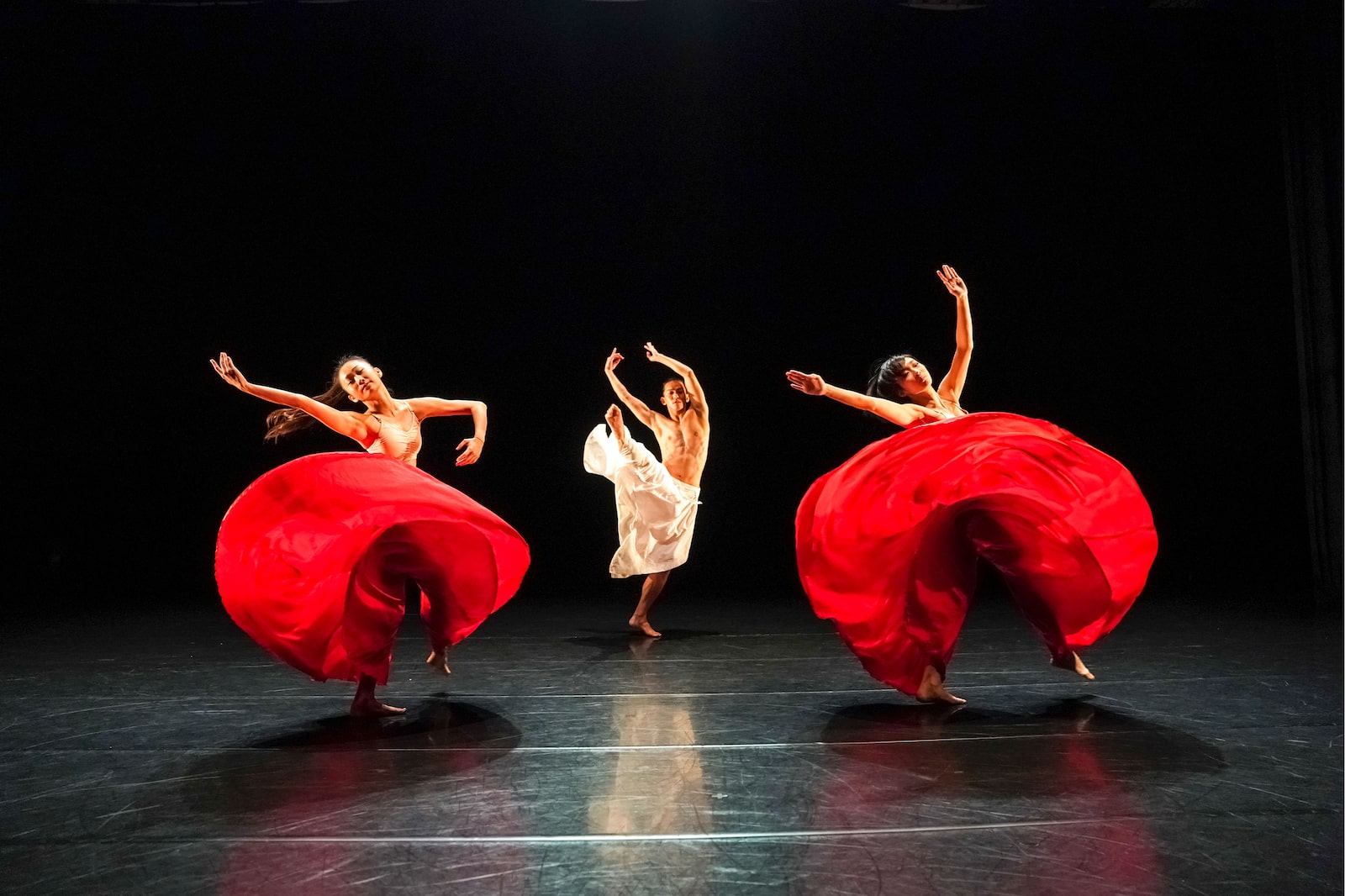 contemporary dancers performing alpha 9