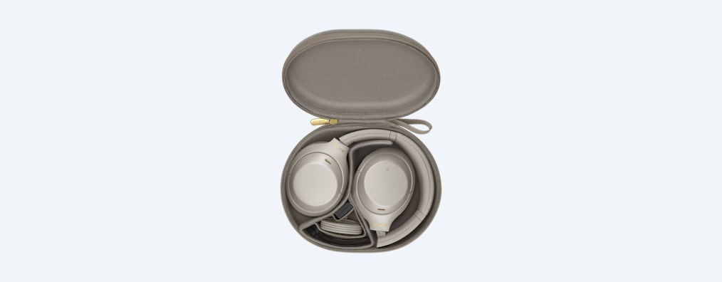 WH-1000XM4 headphones white in carrying case