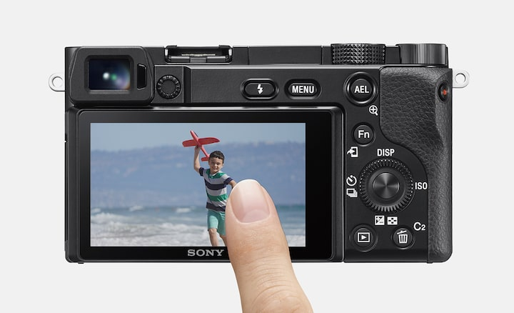 Image of Convenient Touch Tracking and Touch Focus features